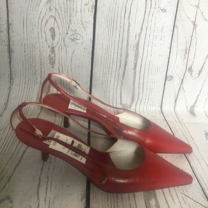 NWT red pointed toe kitten heels